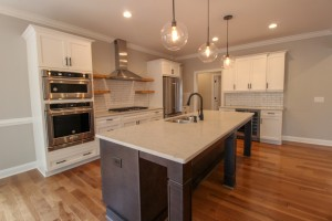 Elegant-Custom-Kitchen-Quartz-Counters-Vass-NC